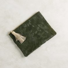Masai Mara clutch in olive green