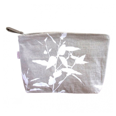 Cosmetics bag in eucalypt
