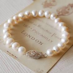 Vintage Style Pearl Bracelet