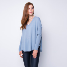 Batwing loose fit cashmere pullover in dusk blue