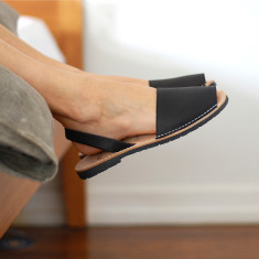 Morell leather sandals in black