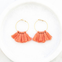 Tassle hoop earrings in light peach and gold