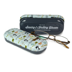 Sewing & knitting glasses case with personalised cloth