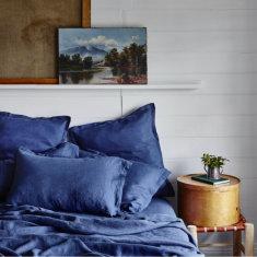 Pure linen bed sheet set in ocean blue
