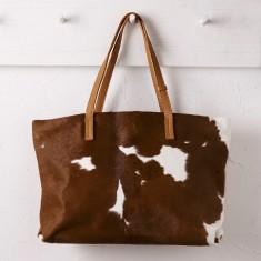Shopper bag in natural cowhide