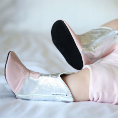 Cowgirl boots in silver/pink