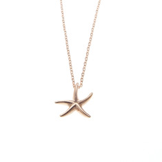 Starfish pendant necklace in rose gold