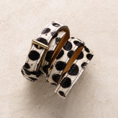 Skinny belt in spotted hide