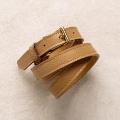 Skinny belt in tan