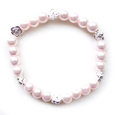 Glass pearl bracelet with flowers