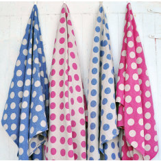 Spot reversible towel
