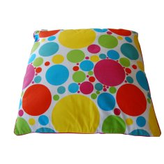 Spots cushion with insert