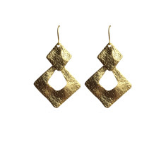 Square dangles in gold