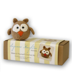 Make-it-yourself crochet owl kit