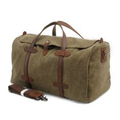 Canvas weekend duffle bag in green