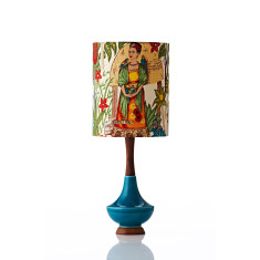 Electra small table lamp in Frida Kahlo gold
