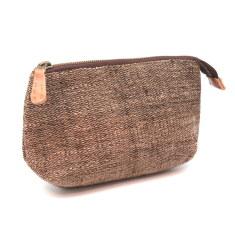 Hand woven pouch in walnut