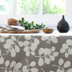 Organic cotton tablecloth in succulent feather grey