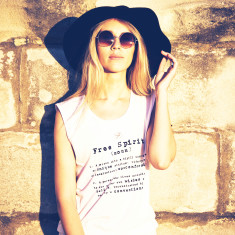 Text tee in white