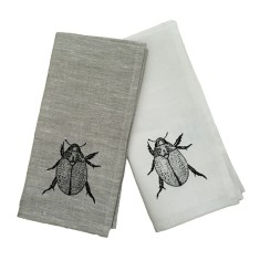 Christmas beetle linen napkins in black (set of 4)