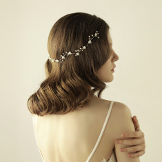 Bridal Hair Crown Headpiece With Pearls And Flowers