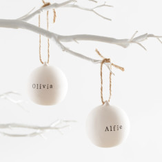 Personalised ceramic bauble with natural twine