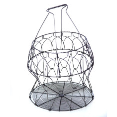 Metal collapsible basket