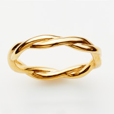 Twist ring in gold or rose gold plate