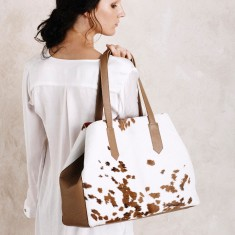Madagascar Handbag in Tan Cowhide