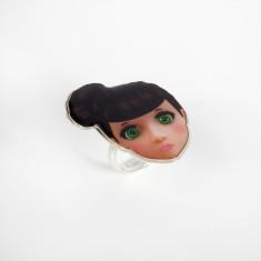 Brunette doll ring