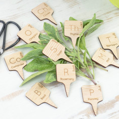 Wooden periodic table herb markers (set of 10)