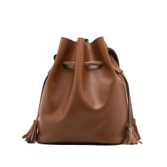 Leather bucket shoulder bag in brown