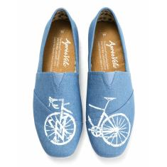 Canvas loafer with velo design in denim