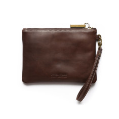 Cassie Classic Collection clutch in chocolate
