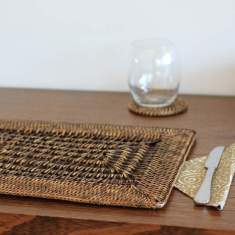 Rattan placemats in brown open weave (set of 6)