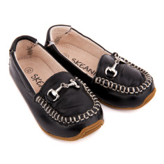 Classic leather loafers in black