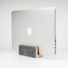 Recycled skateboard laptop MacBook stand