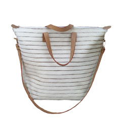 Luna Tote in Cream Raya