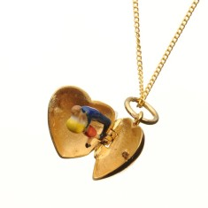 Heart locket with kissing couple necklace