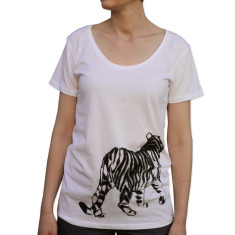 Women's tiger white organic cotton t-shirt