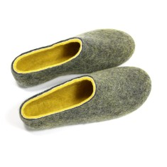 Men's Handmade Wool Slippers