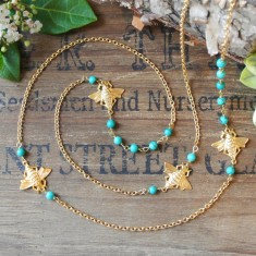 Melody gold bees & semi-precious stone necklace