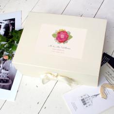 Personalised wedding keepsake box