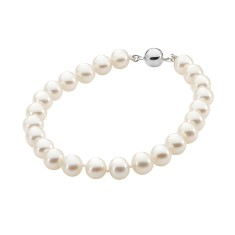 White pearl necklace with sterling silver clasp