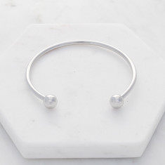 Solid love bangle in silver