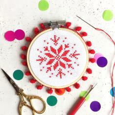 Scandi Snowflake Mini Cross Stitch Kit