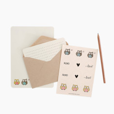 An April Idea love owls writing set