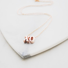 XO Kiss hug necklace in Rose gold or silver