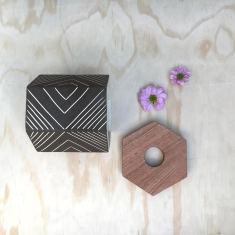 Hexi Vase (Small)