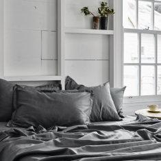 Bed sheet set in storm